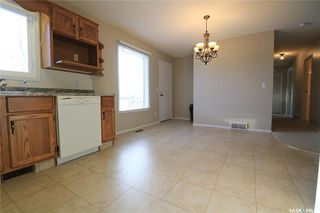 Photo 4: 61 17th Street East in Battleford: Residential for sale : MLS®# SK835942