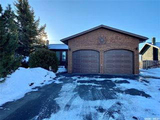 Photo 1: 61 17th Street East in Battleford: Residential for sale : MLS®# SK835942