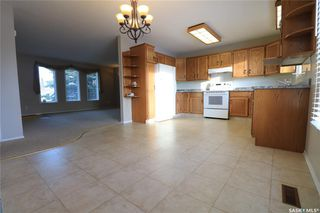 Photo 5: 61 17th Street East in Battleford: Residential for sale : MLS®# SK835942