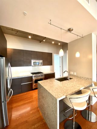 Photo 5: DOWNTOWN Condo for rent : 1 bedrooms : 1050 Island Ave #518 in San Diego