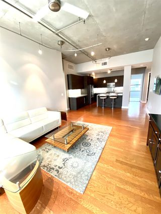 Photo 3: DOWNTOWN Condo for rent : 1 bedrooms : 1050 Island Ave #518 in San Diego