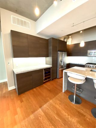 Photo 6: DOWNTOWN Condo for rent : 1 bedrooms : 1050 Island Ave #518 in San Diego