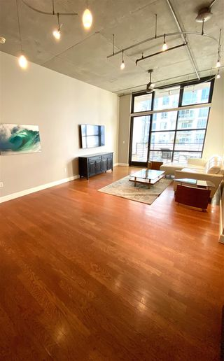 Photo 2: DOWNTOWN Condo for rent : 1 bedrooms : 1050 Island Ave #518 in San Diego