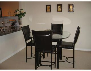 Photo 3: 807 575 DELESTRE Avenue in Coquitlam: Coquitlam West Condo for sale : MLS®# V804377