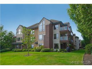 Photo 14: 103 837 Selkirk Avenue in VICTORIA: Es Kinsmen Park Condo Apartment for sale (Esquimalt)  : MLS®# 282348