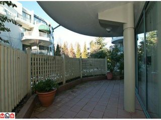 Photo 9: 107 1785 MARTIN Drive in Surrey: Sunnyside Park Surrey Condo for sale (South Surrey White Rock)  : MLS®# F1100144