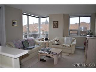 Photo 2: 608 930 Yates St in VICTORIA: Vi Downtown Condo Apartment for sale (Victoria)  : MLS®# 559464