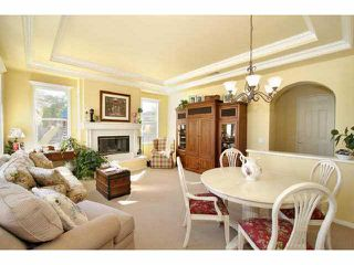 Photo 3: CARLSBAD SOUTH Residential for sale : 4 bedrooms : 2878 Avenida Cereza in Carlsbad