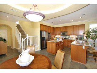 Photo 5: CARLSBAD SOUTH Residential for sale : 4 bedrooms : 2878 Avenida Cereza in Carlsbad