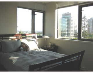 """Photo 6: 1208 7088 18TH Avenue in Burnaby: Edmonds BE Condo for sale in """"PARK 360"""" (Burnaby East)  : MLS®# V767437"""