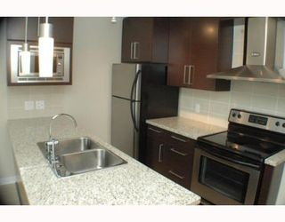 """Photo 2: 805 188 KEEFER Place in Vancouver: Downtown VW Condo for sale in """"ESPANA"""" (Vancouver West)  : MLS®# V772997"""
