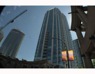 """Photo 1: 805 188 KEEFER Place in Vancouver: Downtown VW Condo for sale in """"ESPANA"""" (Vancouver West)  : MLS®# V772997"""