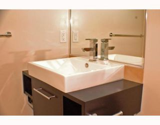 """Photo 7: 805 188 KEEFER Place in Vancouver: Downtown VW Condo for sale in """"ESPANA"""" (Vancouver West)  : MLS®# V772997"""