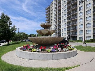 Photo 30: 814 353 W COMMISSIONERS Road in London: South D Residential for sale (South)  : MLS®# 209182