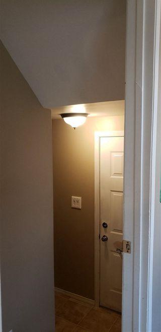 Photo 16: 10317 172 Avenue in Edmonton: Zone 27 House Half Duplex for sale : MLS®# E4169498