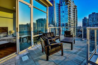 "Photo 18: 2901 1228 W HASTINGS Street in Vancouver: Coal Harbour Condo for sale in ""Palladio"" (Vancouver West)  : MLS®# R2404031"