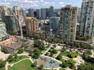 """Photo 19: 2206 1199 SEYMOUR Street in Vancouver: Downtown VW Condo for sale in """"BRAVA"""" (Vancouver West)  : MLS®# R2417445"""