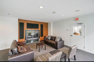 """Photo 15: 2206 1199 SEYMOUR Street in Vancouver: Downtown VW Condo for sale in """"BRAVA"""" (Vancouver West)  : MLS®# R2417445"""