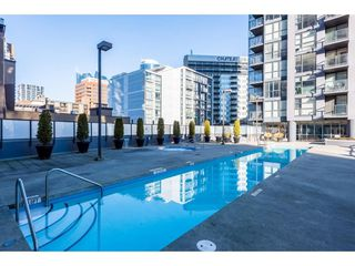 """Photo 12: 2206 1199 SEYMOUR Street in Vancouver: Downtown VW Condo for sale in """"BRAVA"""" (Vancouver West)  : MLS®# R2417445"""