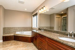 Photo 23: 4315 MCCLUNG Crescent in Edmonton: Zone 14 House for sale : MLS®# E4186365