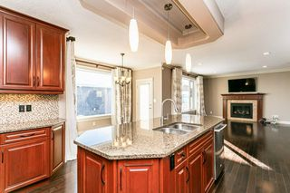 Photo 10: 4315 MCCLUNG Crescent in Edmonton: Zone 14 House for sale : MLS®# E4186365