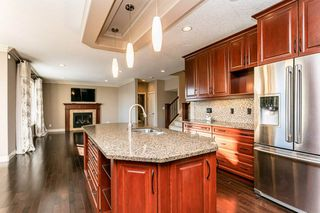Photo 11: 4315 MCCLUNG Crescent in Edmonton: Zone 14 House for sale : MLS®# E4186365