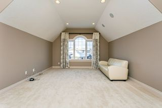 Photo 18: 4315 MCCLUNG Crescent in Edmonton: Zone 14 House for sale : MLS®# E4186365