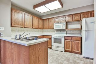 """Photo 8: 110 14861 98 Avenue in Surrey: Guildford Townhouse for sale in """"The Mansions"""" (North Surrey)  : MLS®# R2438007"""