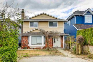 Main Photo: 3900 BROADWAY Street in Richmond: Steveston Village House for sale : MLS®# R2451897