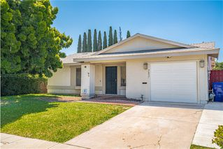 Photo 2: MIRA MESA House for sale : 3 bedrooms : 7657 Acama St in San Diego
