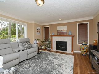 Photo 14: 1136 Lucille Drive in BRENTWOOD BAY: CS Brentwood Bay Single Family Detached for sale (Central Saanich)  : MLS®# 425793