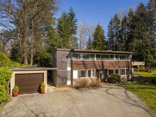 "Photo 2: 2188 ACADIA Road in Vancouver: University VW House for sale in ""UNIVERSITY"" (Vancouver West)  : MLS®# R2462071"