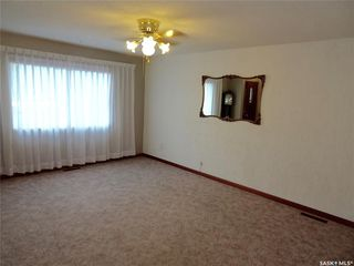 Photo 9: 2005 7th Avenue North in Regina: Cityview Residential for sale : MLS®# SK813752