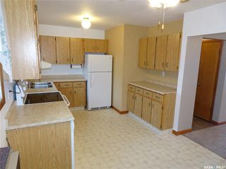 Photo 2: 2005 7th Avenue North in Regina: Cityview Residential for sale : MLS®# SK813752