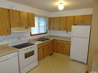 Photo 4: 2005 7th Avenue North in Regina: Cityview Residential for sale : MLS®# SK813752