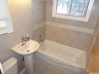 Photo 12: 2005 7th Avenue North in Regina: Cityview Residential for sale : MLS®# SK813752
