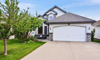 Main Photo: 232 ROCKY RIDGE Bay NW in Calgary: Rocky Ridge Detached for sale : MLS®# C4303568