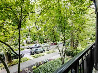 """Photo 16: 215 555 W 14TH Avenue in Vancouver: Fairview VW Condo for sale in """"Cambridge Place"""" (Vancouver West)  : MLS®# R2470013"""