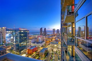 Photo 2: DOWNTOWN Condo for sale : 2 bedrooms : 800 The Mark Ln #2305 in San Diego