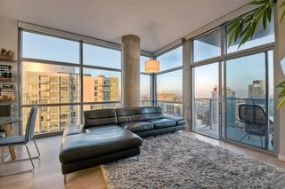 Photo 6: DOWNTOWN Condo for sale : 2 bedrooms : 800 The Mark Ln #2305 in San Diego