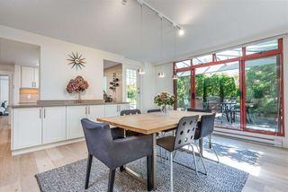 "Photo 1: 402 130 E 2ND Street in North Vancouver: Lower Lonsdale Condo for sale in ""The Olympic"" : MLS®# R2497879"