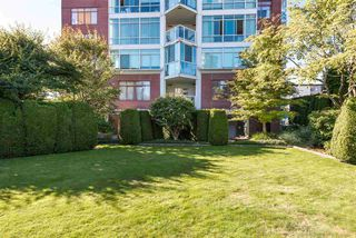 "Photo 20: 402 130 E 2ND Street in North Vancouver: Lower Lonsdale Condo for sale in ""The Olympic"" : MLS®# R2497879"