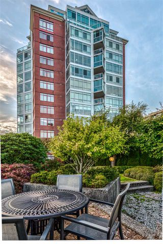"Photo 22: 402 130 E 2ND Street in North Vancouver: Lower Lonsdale Condo for sale in ""The Olympic"" : MLS®# R2497879"