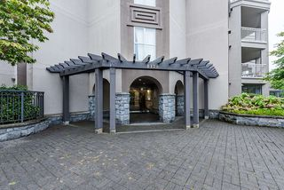 """Photo 16: 102 1128 SIXTH Avenue in New Westminster: Uptown NW Condo for sale in """"Kingsgate"""" : MLS®# R2498615"""