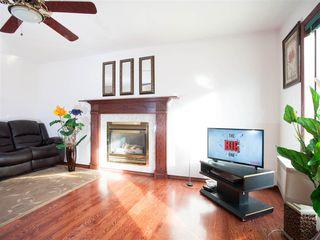Photo 4: 396 HOLLICK-KENYON Road in Edmonton: Zone 03 House for sale : MLS®# E4217912