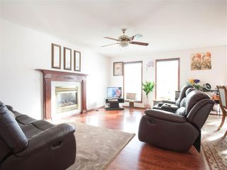 Photo 6: 396 HOLLICK-KENYON Road in Edmonton: Zone 03 House for sale : MLS®# E4217912