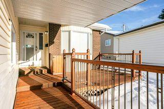 Photo 2: 3217 36 Street in Edmonton: Zone 29 House for sale : MLS®# E4218713