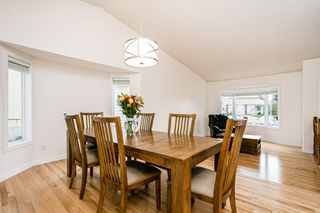 Photo 9: 3217 36 Street in Edmonton: Zone 29 House for sale : MLS®# E4218713