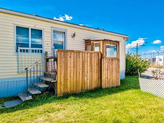 Photo 5: 483 3223 83 Street NW in Calgary: Greenwood/Greenbriar Mobile for sale : MLS®# A1059657