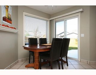Photo 7: 114 COVILLE Square NE in CALGARY: Coventry Hills Residential Detached Single Family for sale (Calgary)  : MLS®# C3395862